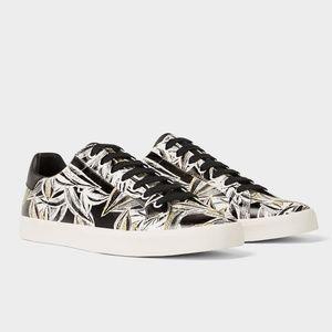 [LAST] NWT Zara Men Size 7 Print Sneakers